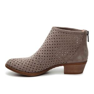Lucky Brand Bergyn suede perforated Booties 10